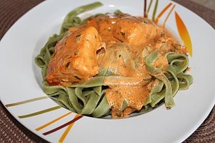Pasta mit Lachs-Sahnesauce 7