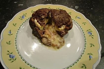 Camembert in Hackfleisch 43