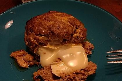 Camembert in Hackfleisch 30