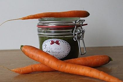 Pesto aus Möhrengrün (Bild)