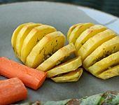 Kartoffeln und Möhren aus dem Ofen (Bild)