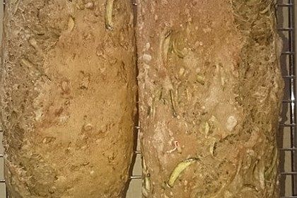 Sonnenblumenkern-Zucchinibrot 1