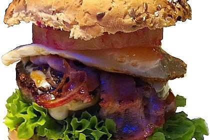 Wongar Aussie Burger, Burger with the Lot