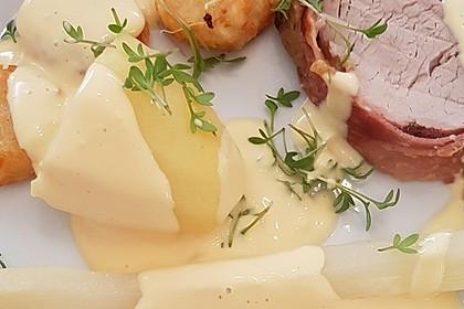 Schweinefilet in Bacon gerollt, umhüllt mit einer Zwiebel-Senf-Honig-Kruste 3