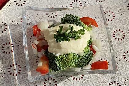 Kalorienarmer Brokkolisalat 2