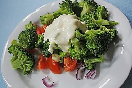 Kalorienarmer Brokkolisalat
