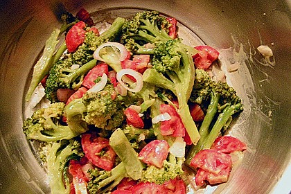 Kalorienarmer Brokkolisalat 3