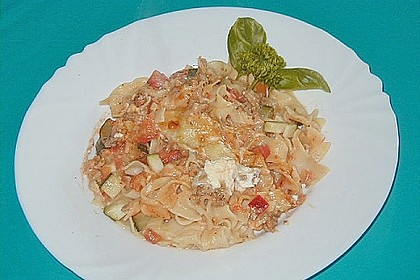Chili - Tomaten - Zucchini - Nudelauflauf 3