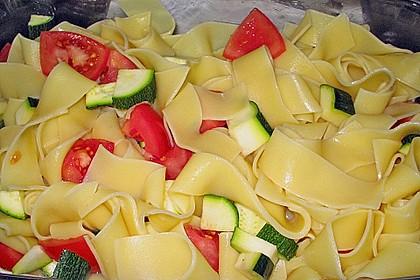 Chili - Tomaten - Zucchini - Nudelauflauf 2