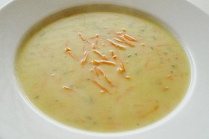 Kartoffel - Lauchcremesuppe mit Karotteneinlage