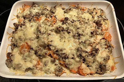 Hackfleisch - Kartoffel - Gemüse - Auflauf 8