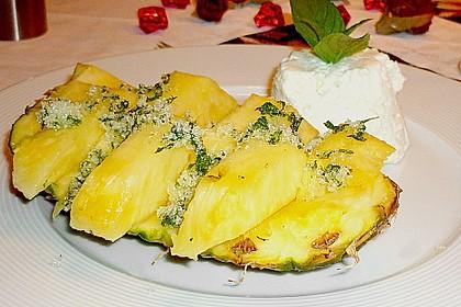 Ananasspalten mit Minz - Zucker - Pesto 5