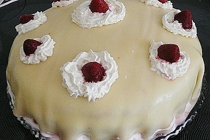 Mohn - Waldbeer - Marzipan - Torte