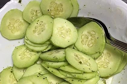 Thailändischer Gurkensalat 1