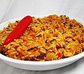 Jollof-Reis mit Peperoni (Bild)