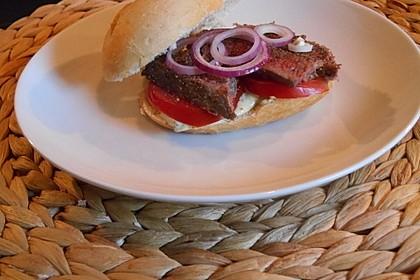 Steaksandwich mit Rucola-Creme