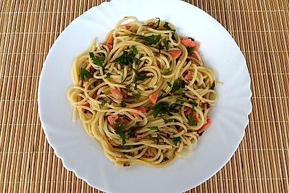 Spaghetti mit geräucherter  Lachsforelle 2