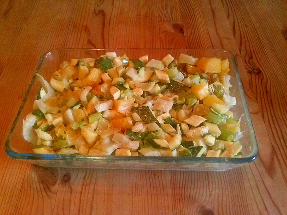 Zucchini Fenchel Staudensellerie Kartoffel Ofengemüse Von Velaxiss