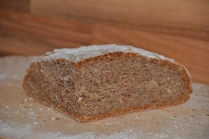Emmer-Roggen-Brot 3
