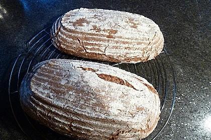 Emmer-Roggen-Brot 1