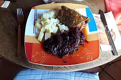 Rinderrouladen mit Bacon und Mett (Bild)