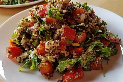 Inkasalat - würziger Quinoasalat mit Avocado und Rucola 5