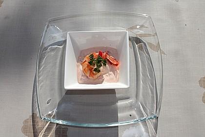 Garnelen auf Paprika-Tomaten-Frischkäse-Creme