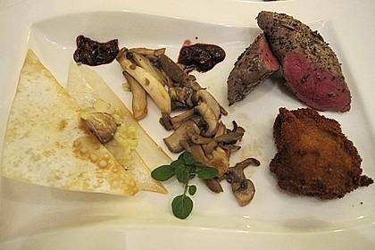 Rehmedaillons mit einer Variation von Pilzen