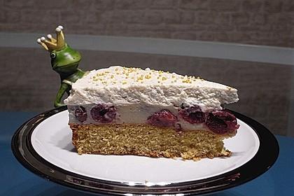 Urmelis Kirsch-Lebkuchen-Kuchen mit Zimt-Quarkhäubchen