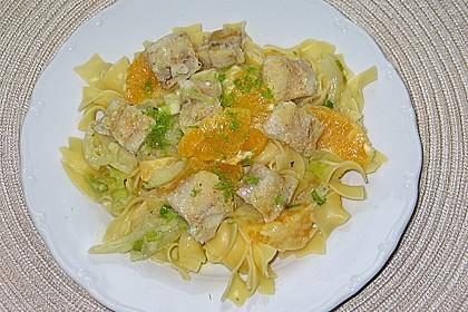 Tagliatelle an Orangen-Fenchel-Sauce mit gebratenen Kabeljaufiletstücken 10