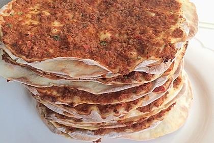 Türkische Pizza (Lahmacun) 2