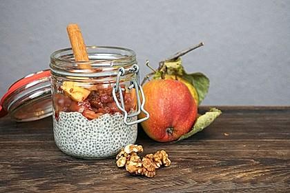 Bratapfel-Chia-Pudding