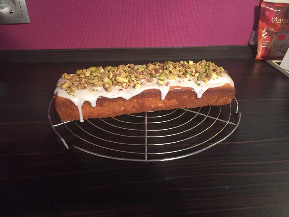 Zitronen Mascarpone Kuchen Mit Pistazientopping Von Straussy