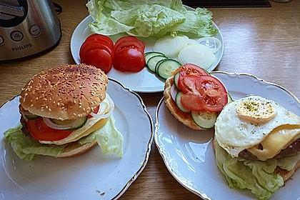 XXL Cheeseburger mit Ei