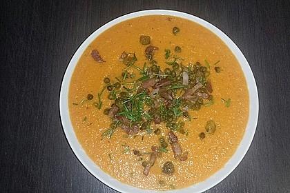 Tomaten-Gemüsesuppe mit Ingwer