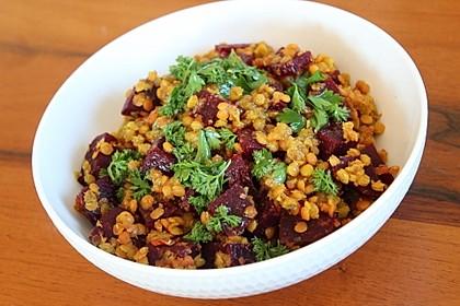 Rote-Linsen-Salat mit Roter Bete (Bild)