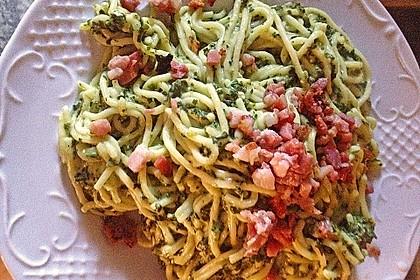 Spaghetti mit Spinat - Feta - Soße 5