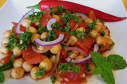 Kichererbsen mit Tomaten 1