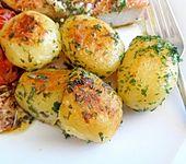 Petersilienkartoffeln (neue Kartoffeln) (Bild)