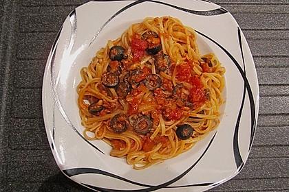 Spaghetti alla Puttanesca 13