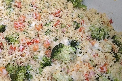 Brokkoli-Hirse mit Feta/Schafskäse 24