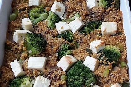 Brokkoli-Hirse mit Feta/Schafskäse 17