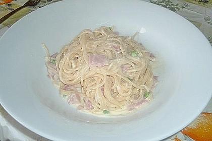 Bienemayas Spaghetti mit Erbsen, Schinken und Käse - Sahnesauce 14