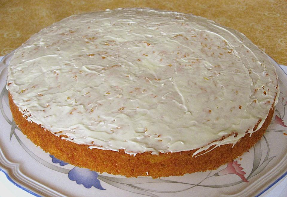 Saftiger Mohrenkuchen Mit Apfel Und Kokos Von Leanae Chefkoch De