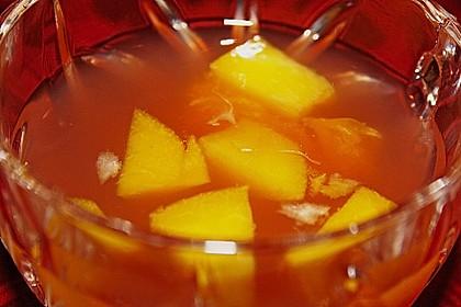 Alkoholfreie Bowle mit Pfirsich und Mandarine 1
