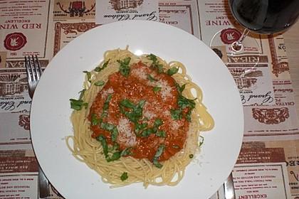 Spaghetti mit Sahne - Tomatenmark - Hackfleisch - Sauce (Bild)