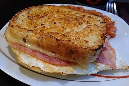 Grilled Cheese Sandwich mit Bacon und Spiegelei 2