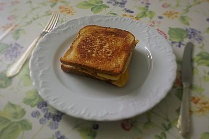 Grilled Cheese Sandwich mit Bacon und Spiegelei 15