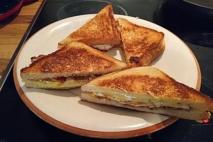Grilled Cheese Sandwich mit Bacon und Spiegelei 14