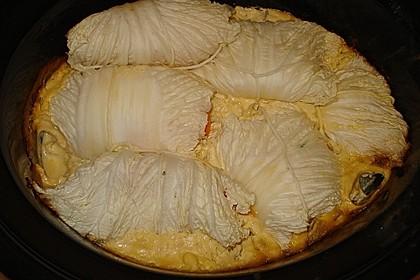 Mit Gemüse gefüllter Chinakohl auf Kartoffeln 1